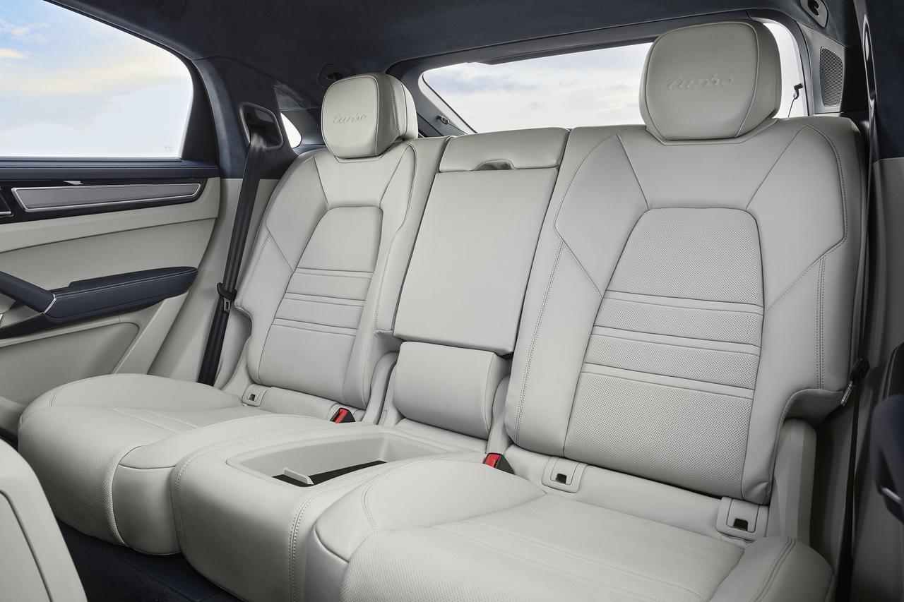 Images : 14番目の画像 - 「ポルシェ カイエンの派生モデル「カイエンクーペ」の車両価格を発表し、さらに予約受付も開始」のアルバム - Webモーターマガジン
