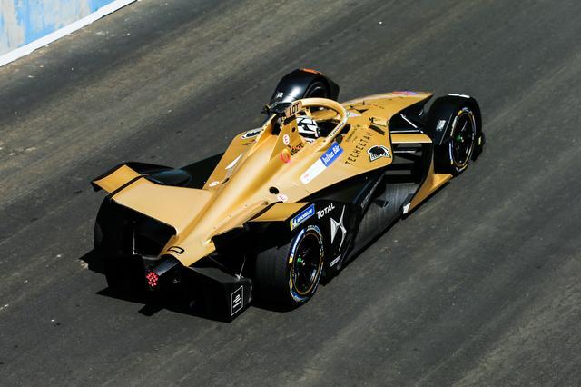 画像: シャシはワンメイク。電気自動車として専用に設計されたものだ。