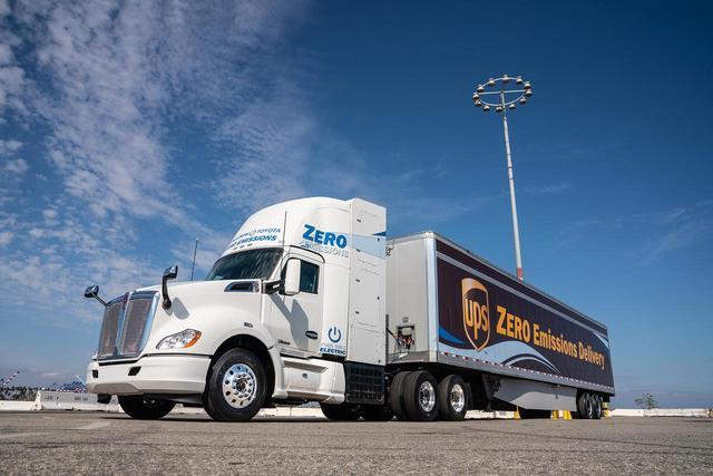 画像: ケンワースのトラック「T680」をベースにしたFC大型商用トラック。