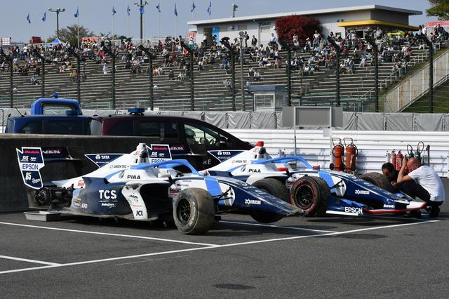 画像: 2台ともリタイアとなってしまったTCSナカジマレーシング。