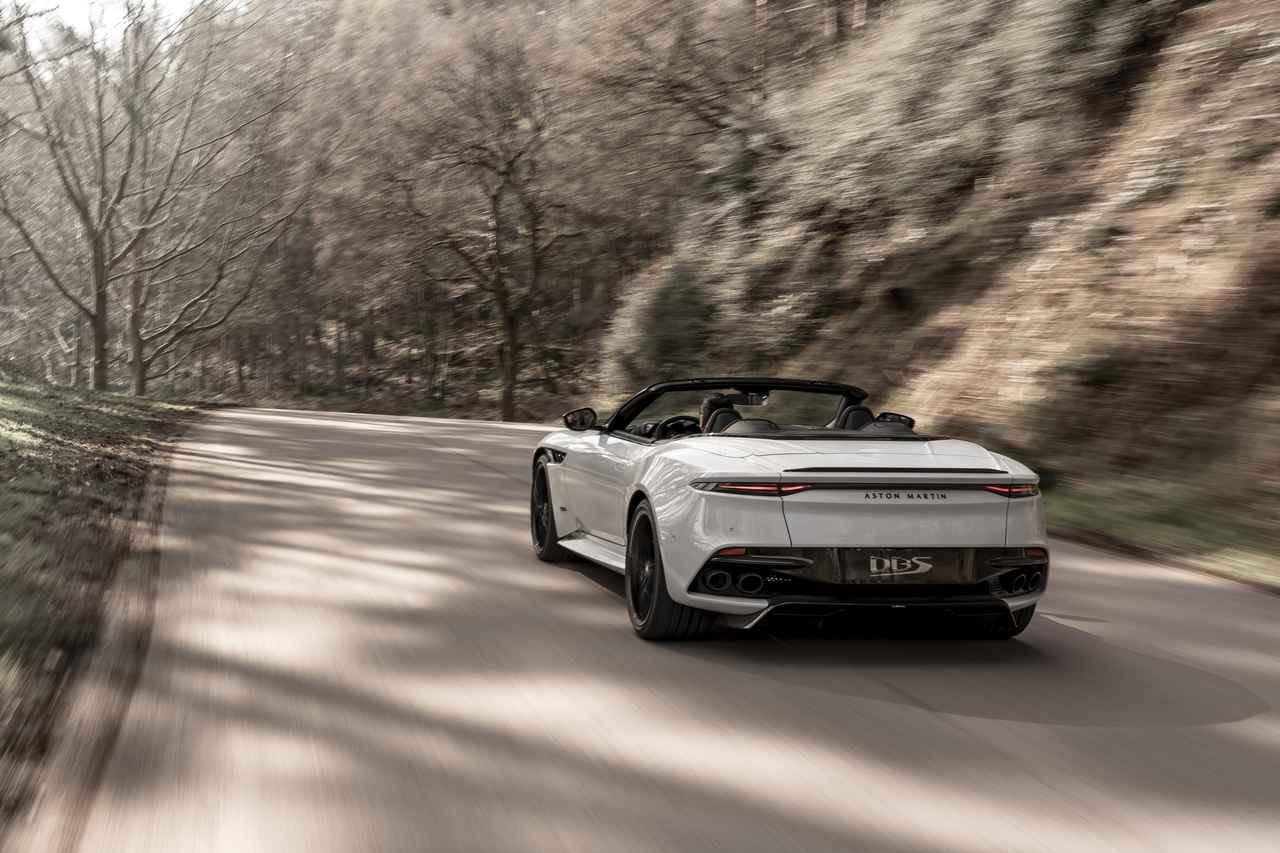 Images : 8番目の画像 - 「アストンマーティン DBS スーパーレッジェーラ ボランテは、V12ツインターボ搭載のオープンカー」のアルバム - Webモーターマガジン