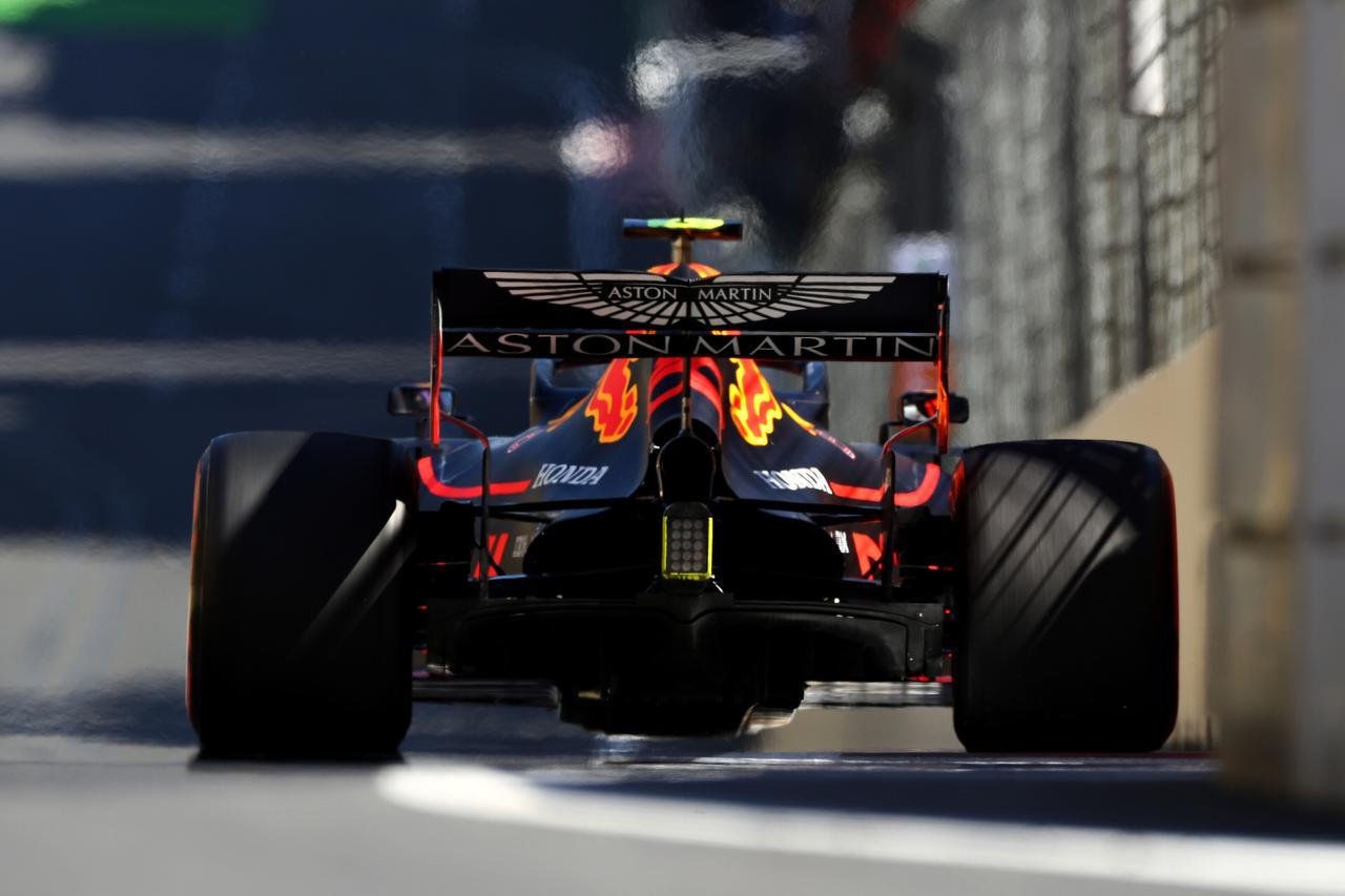 Images : 4番目の画像 - 「F1第4戦アゼルバイジャンGP 予選、メルセデスAMGがフロントロウを独占、レッドブル・ホンダのマックス・フェルスタペンは4位【モータースポーツ】」のアルバム - Webモーターマガジン