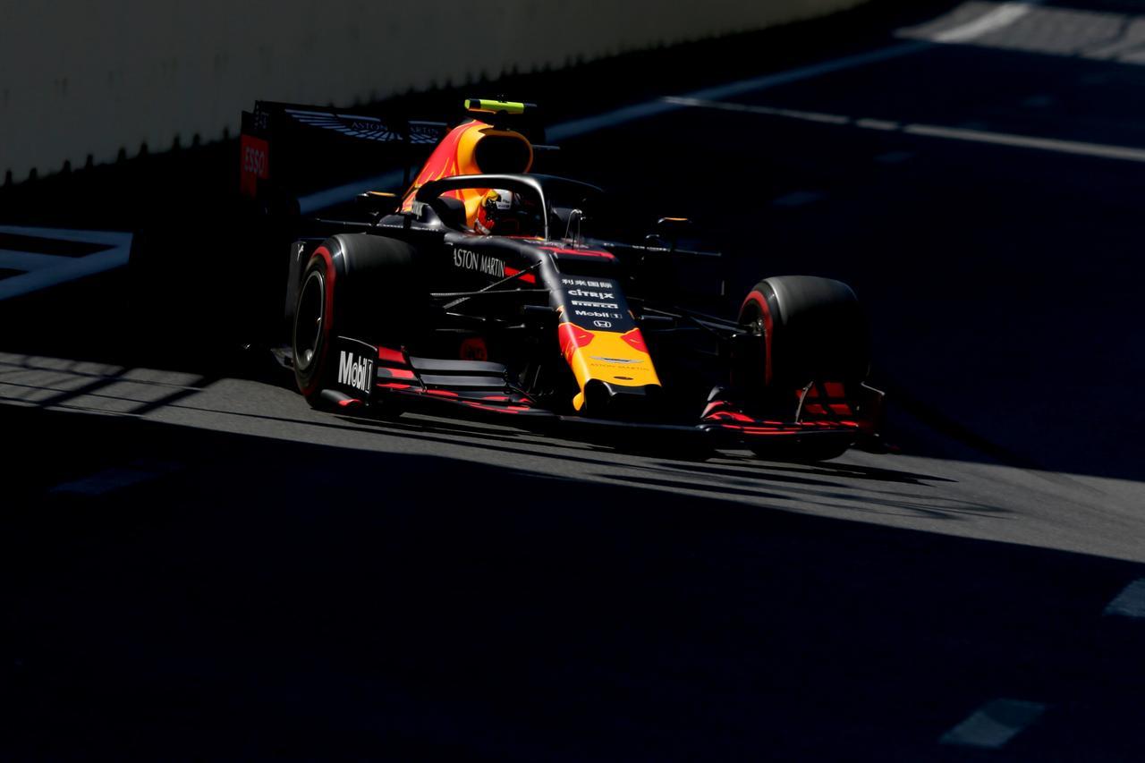 Images : 3番目の画像 - 「F1第4戦アゼルバイジャンGP 予選、メルセデスAMGがフロントロウを独占、レッドブル・ホンダのマックス・フェルスタペンは4位【モータースポーツ】」のアルバム - Webモーターマガジン