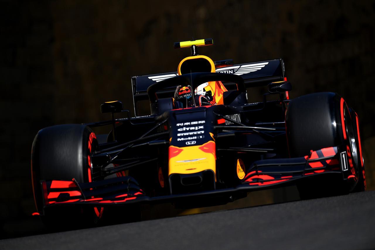 Images : 21番目の画像 - 「F1アゼルバイジャンGP、またもメルセデスAMGが1-2フィニッシュ! レッドブル・ホンダは連続4位【モータースポーツ】」のアルバム - Webモーターマガジン