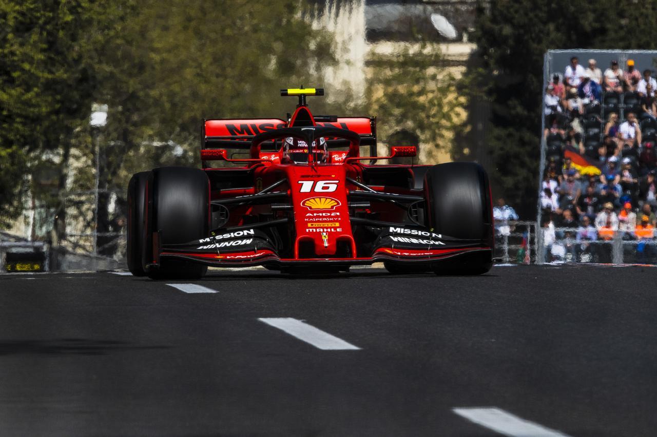 Images : 15番目の画像 - 「F1アゼルバイジャンGP、またもメルセデスAMGが1-2フィニッシュ! レッドブル・ホンダは連続4位【モータースポーツ】」のアルバム - Webモーターマガジン