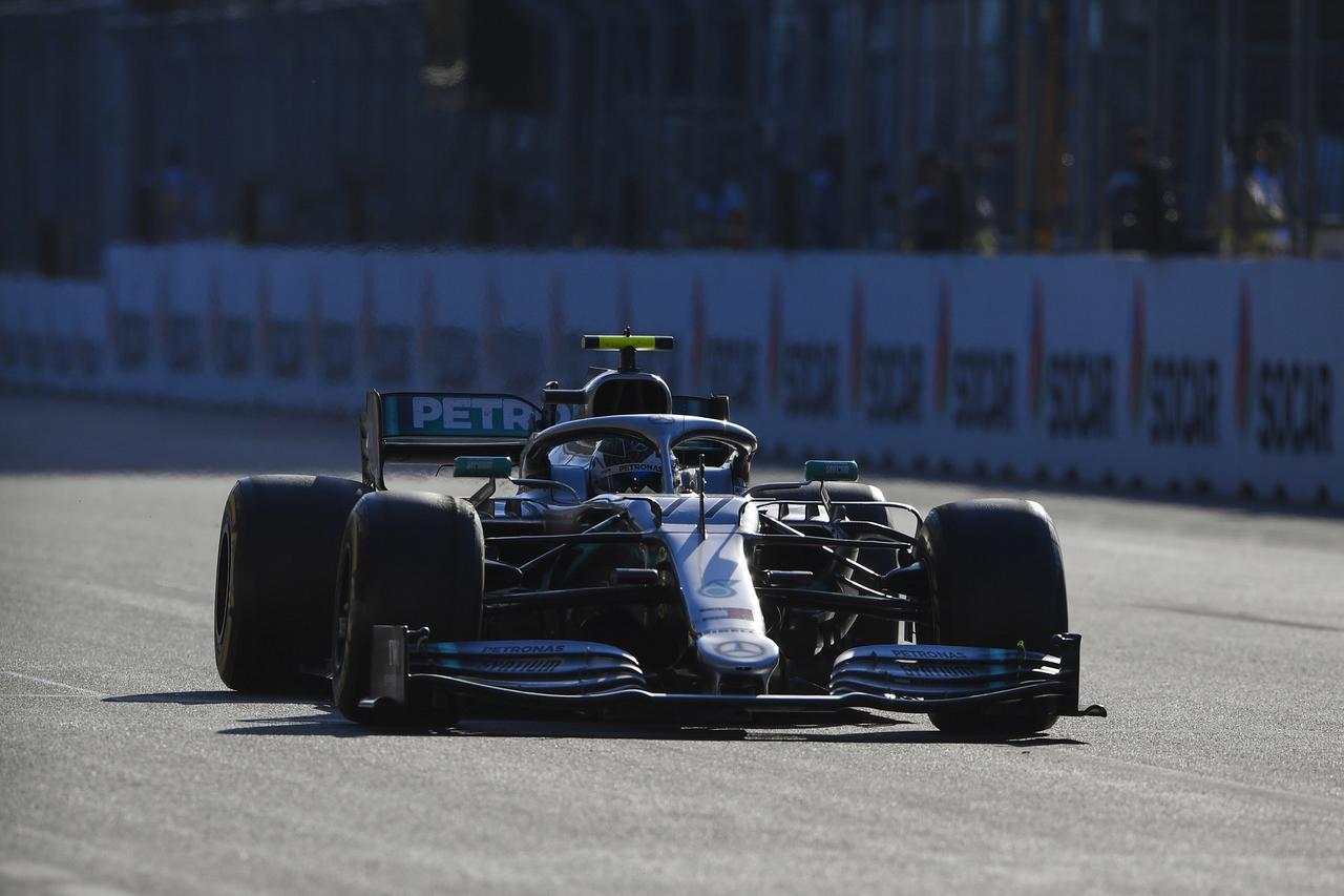 Images : 6番目の画像 - 「F1アゼルバイジャンGP、またもメルセデスAMGが1-2フィニッシュ! レッドブル・ホンダは連続4位【モータースポーツ】」のアルバム - Webモーターマガジン
