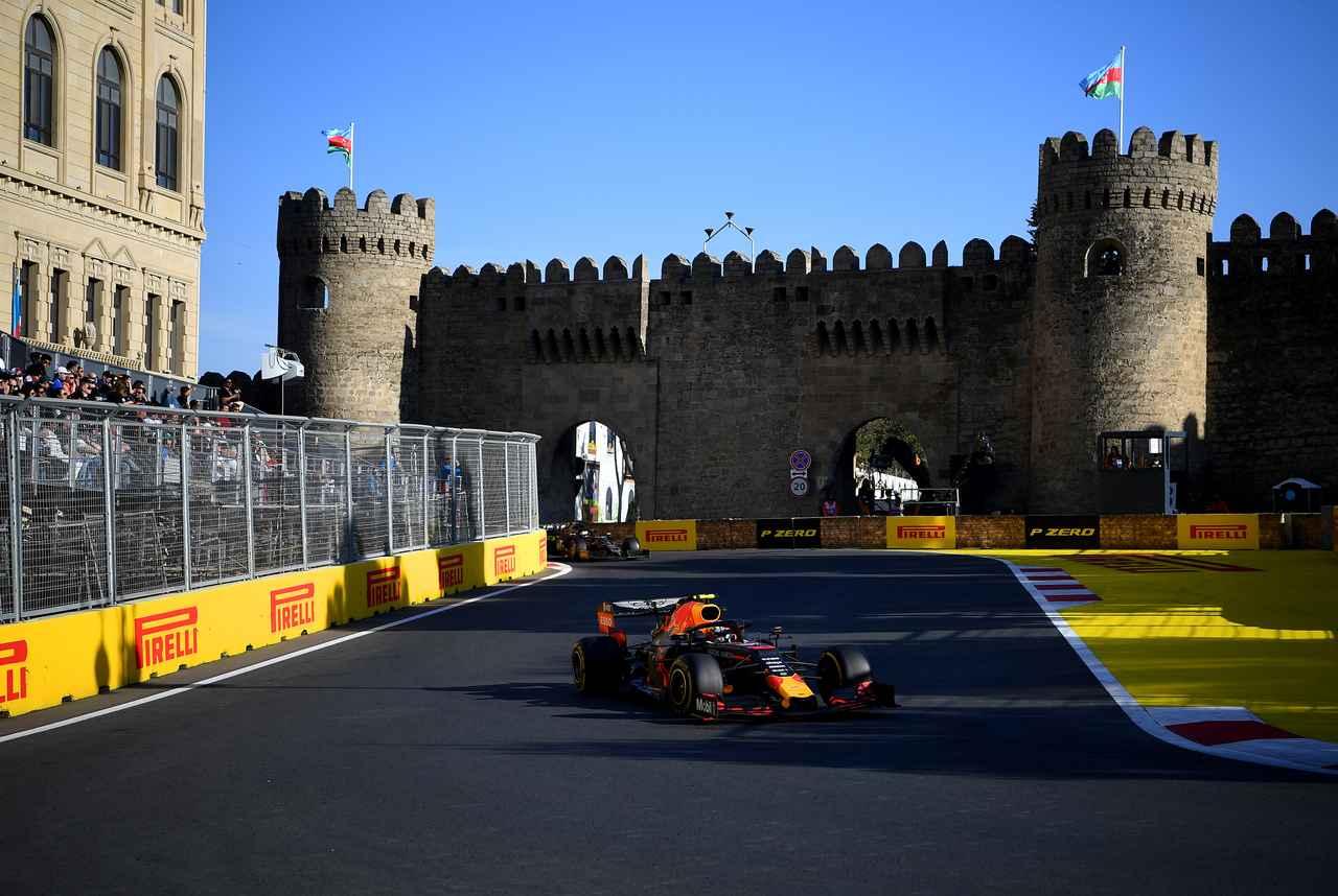 Images : 20番目の画像 - 「F1アゼルバイジャンGP、またもメルセデスAMGが1-2フィニッシュ! レッドブル・ホンダは連続4位【モータースポーツ】」のアルバム - Webモーターマガジン