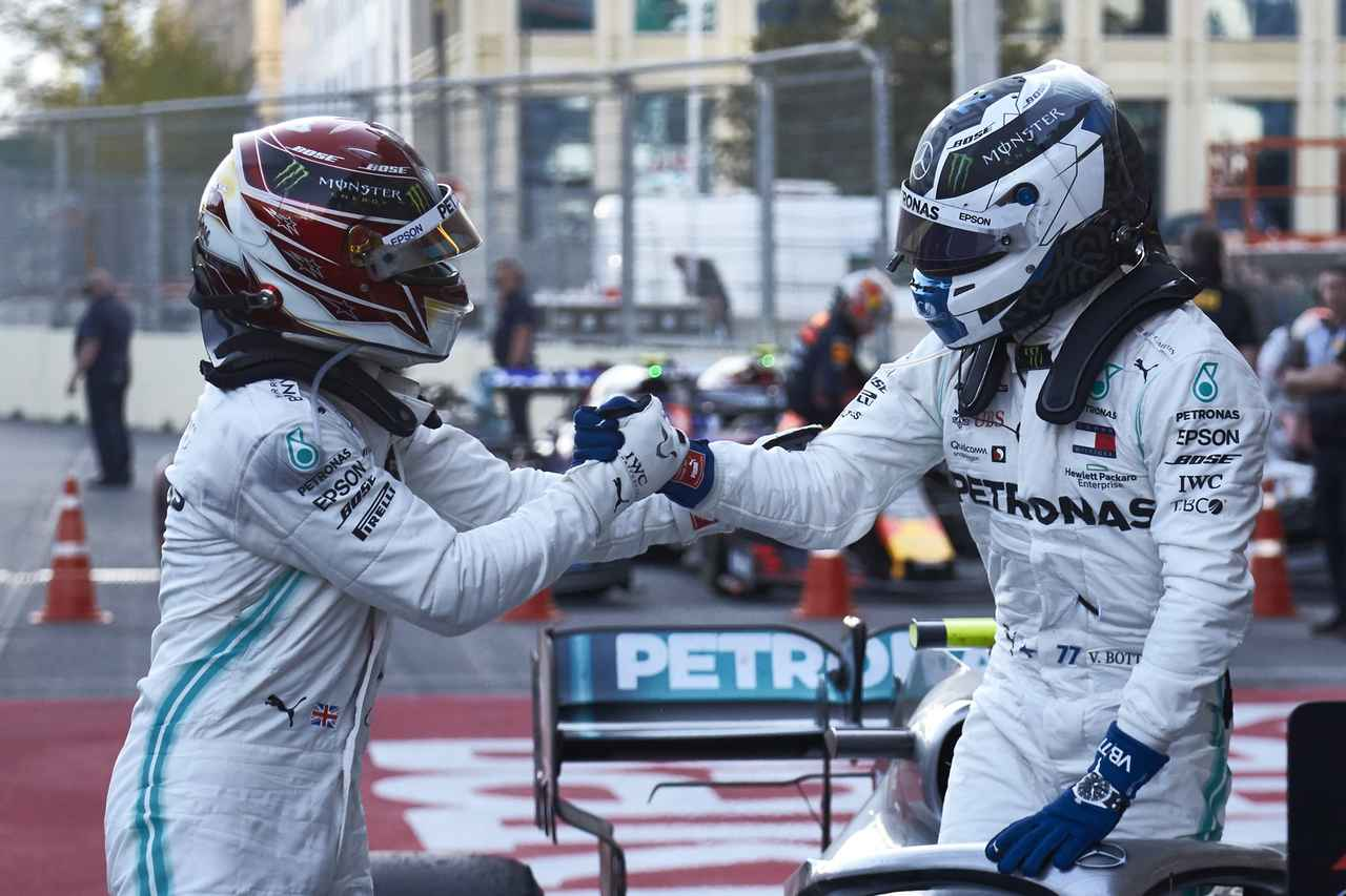Images : 25番目の画像 - 「F1アゼルバイジャンGP、またもメルセデスAMGが1-2フィニッシュ! レッドブル・ホンダは連続4位【モータースポーツ】」のアルバム - Webモーターマガジン