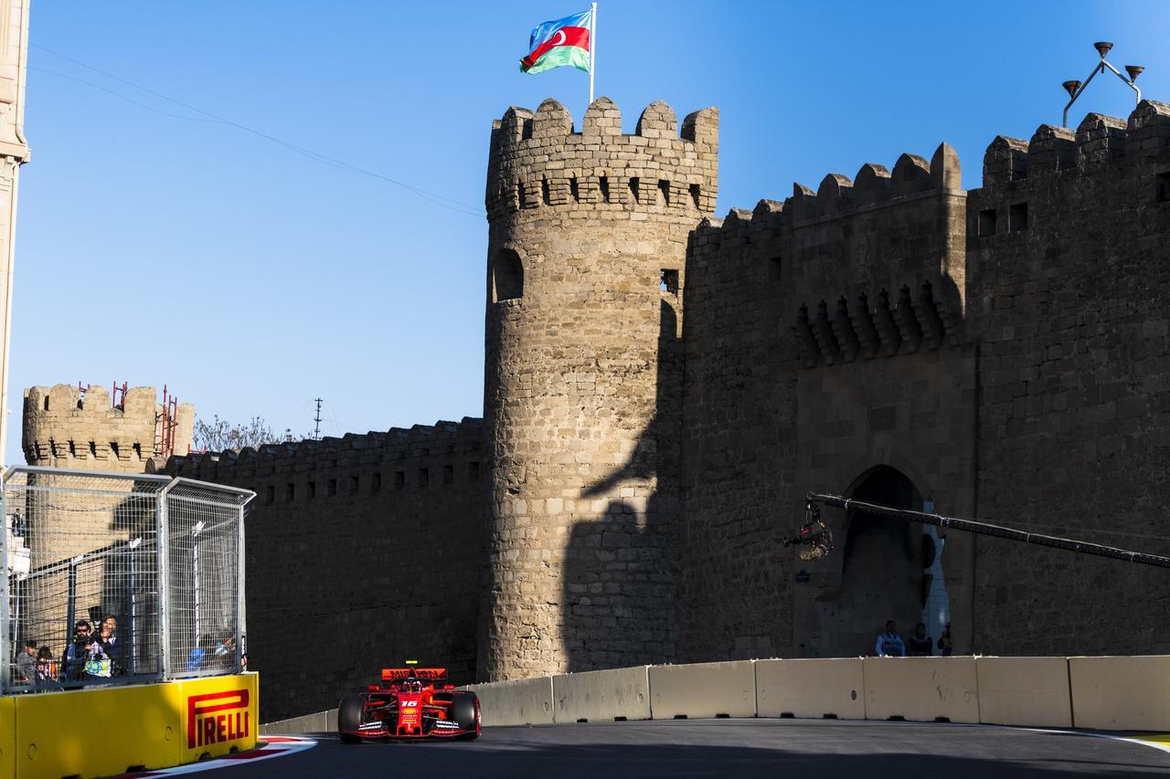 Images : 13番目の画像 - 「F1アゼルバイジャンGP、またもメルセデスAMGが1-2フィニッシュ! レッドブル・ホンダは連続4位【モータースポーツ】」のアルバム - Webモーターマガジン
