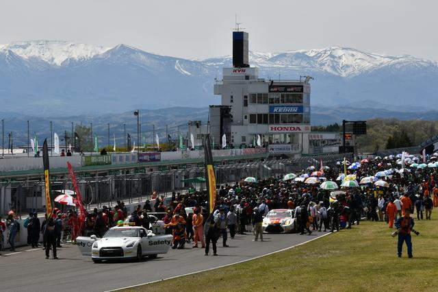 画像1: GTNET GT3 GT-Rが巧みなレース運びで勝利!【スーパー耐久シリーズ第2戦】in スポーツランドSUGO