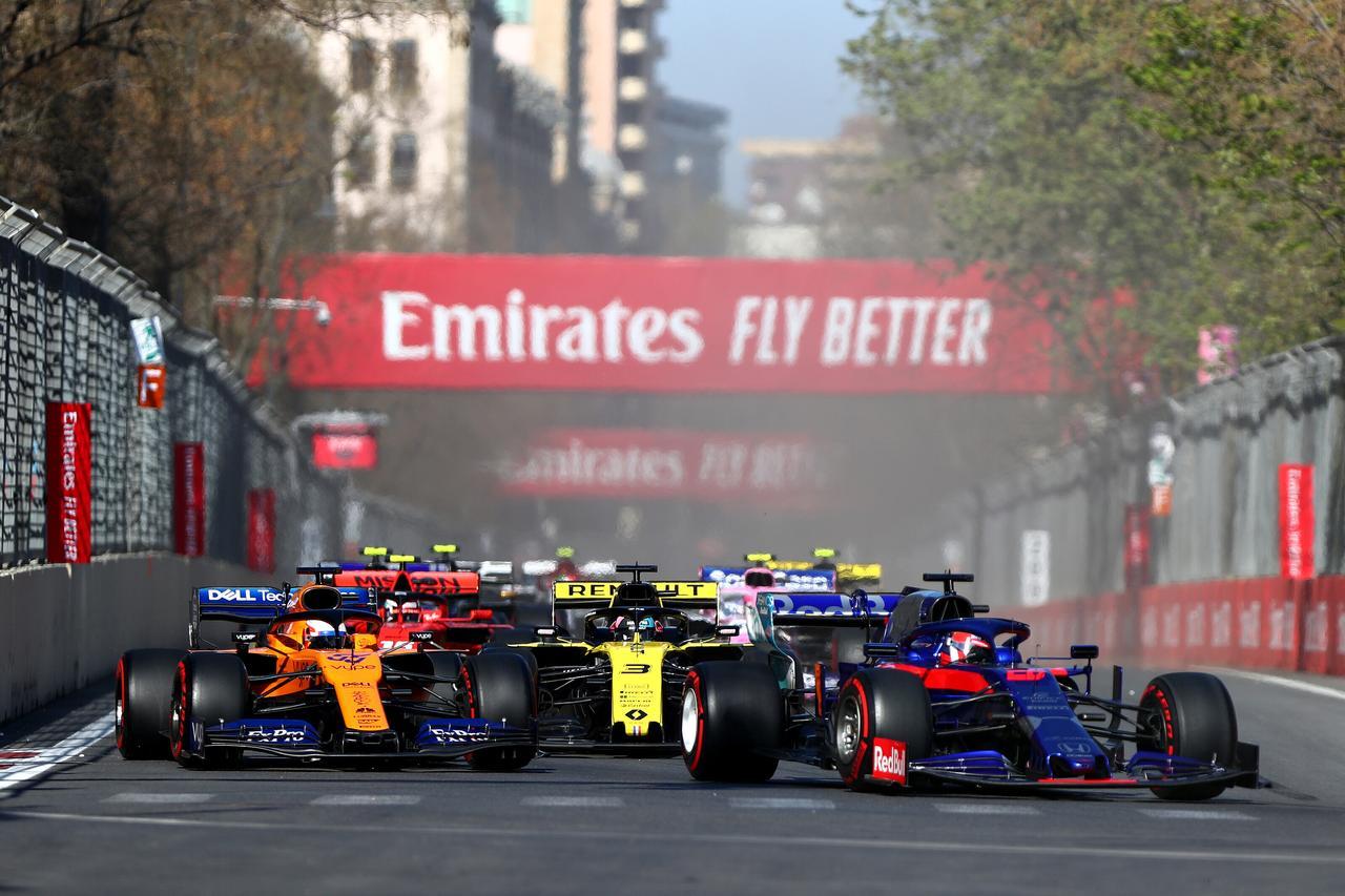 Images : 22番目の画像 - 「F1アゼルバイジャンGP、またもメルセデスAMGが1-2フィニッシュ! レッドブル・ホンダは連続4位【モータースポーツ】」のアルバム - Webモーターマガジン