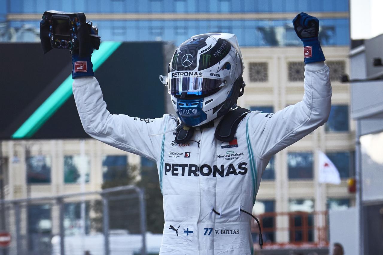 Images : 26番目の画像 - 「F1アゼルバイジャンGP、またもメルセデスAMGが1-2フィニッシュ! レッドブル・ホンダは連続4位【モータースポーツ】」のアルバム - Webモーターマガジン