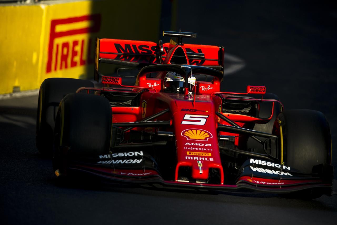 Images : 11番目の画像 - 「F1アゼルバイジャンGP、またもメルセデスAMGが1-2フィニッシュ! レッドブル・ホンダは連続4位【モータースポーツ】」のアルバム - Webモーターマガジン