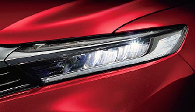 画像: LEDヘッドライト+オートハイビーム