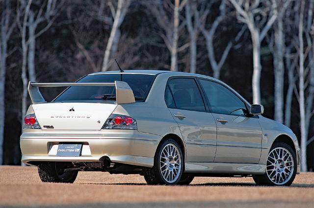 画像: 2002年1月に発表(発売は同年2月)された、ランエボ史上初のAT車「GT-A」。ATは5速で、ステアリングシフトスイッチも装備。