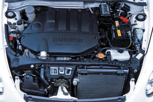 画像: 軽自動車最後の直4エンジン、JB-DET型。インタークーラー付きツインスクロールターボで64ps/11.2kgmを発生。