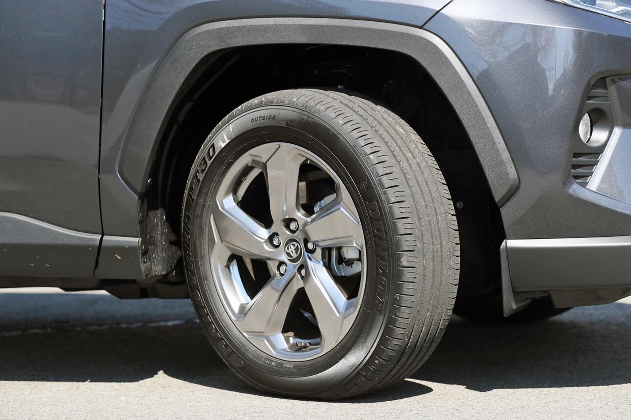 Images : 11番目の画像 - 「【試乗】新型トヨタ RAV4は、アメリカ留学で逞しくなって帰国したSUVか!」のアルバム - Webモーターマガジン
