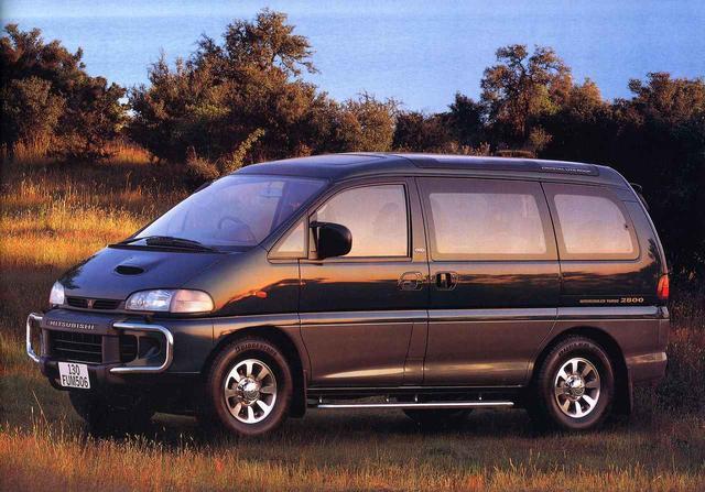 画像: 4WDモデル(スーパーエクシード2800ターボディーゼル)。