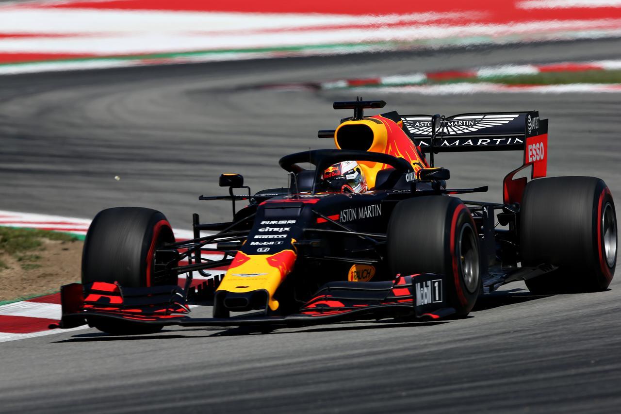 Images : 7番目の画像 - 「F1スペインGP、メルセデスAMGが開幕5連続1-2フィニッシュ、レッドブル・ホンダのフェルスタッペンが3位表彰台【モータースポーツ】」のアルバム - Webモーターマガジン
