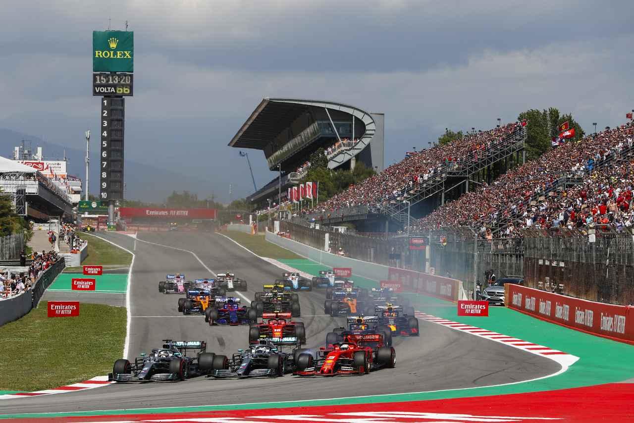 Images : 1番目の画像 - 「F1スペインGP、メルセデスAMGが開幕5連続1-2フィニッシュ、レッドブル・ホンダのフェルスタッペンが3位表彰台【モータースポーツ】」のアルバム - Webモーターマガジン