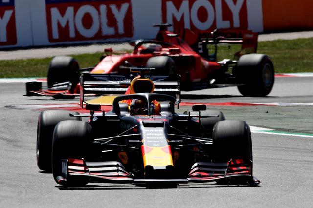 画像: フェラーリを破り3位に入賞したマックス・フェルスタッペン(レッドブル・ホンダ)。