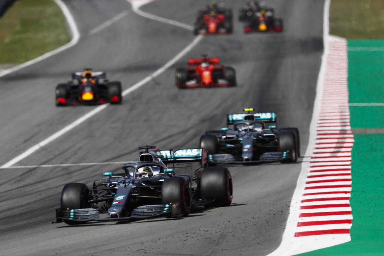 Images : 4番目の画像 - 「F1スペインGP、メルセデスAMGが開幕5連続1-2フィニッシュ、レッドブル・ホンダのフェルスタッペンが3位表彰台【モータースポーツ】」のアルバム - Webモーターマガジン