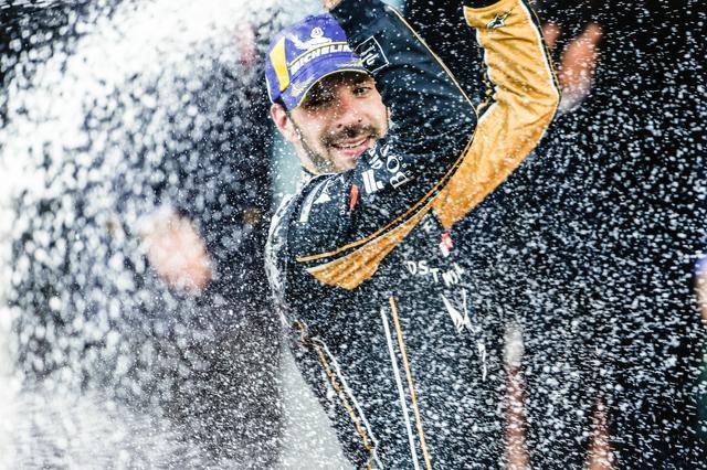 画像: モナコE-Prixで今季2勝目をあげたジャン-エリック・ベルニュ(DSテチーター)。