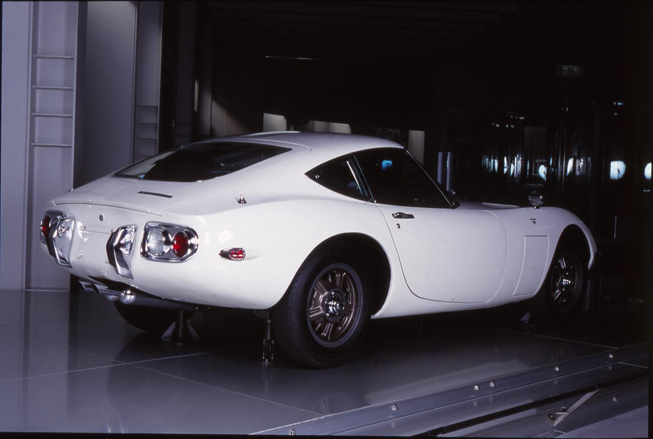 Images : 4番目の画像 - 「【今日は何の日?】トヨタ2000GT発売 「世界中を驚かせたジャパニーズスーパーカー」52年前 1967年5月16日」のアルバム - Webモーターマガジン
