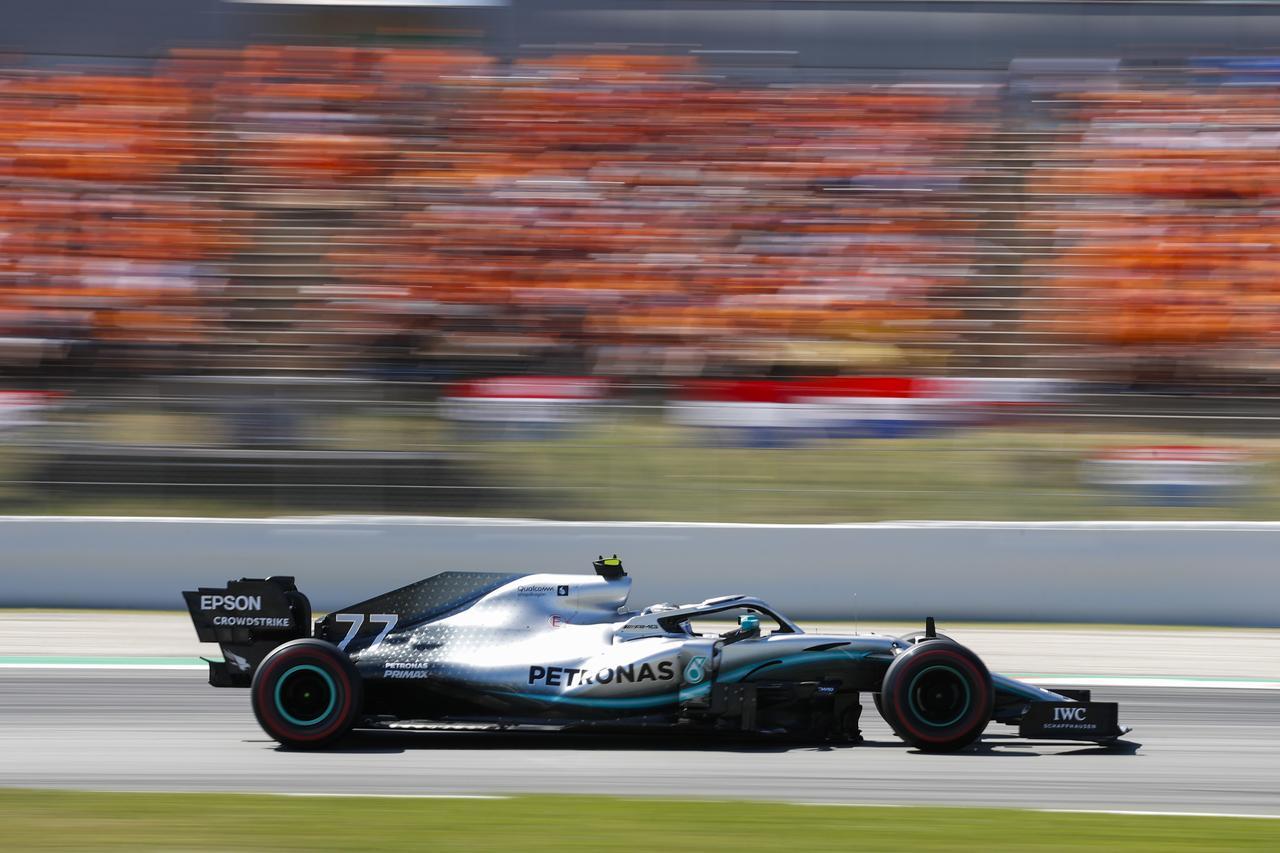 Images : 14番目の画像 - 「F1スペインGP、メルセデスAMGが開幕5連続1-2フィニッシュ、レッドブル・ホンダのフェルスタッペンが3位表彰台【モータースポーツ】」のアルバム - Webモーターマガジン