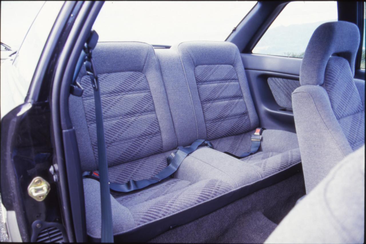 Images : 10番目の画像 - 「【今日は何の日?】AE92型カローラレビン発表/発売「FF化された2ドアクーペは販売面で大成功」32年前 1987年5月15日」のアルバム - Webモーターマガジン