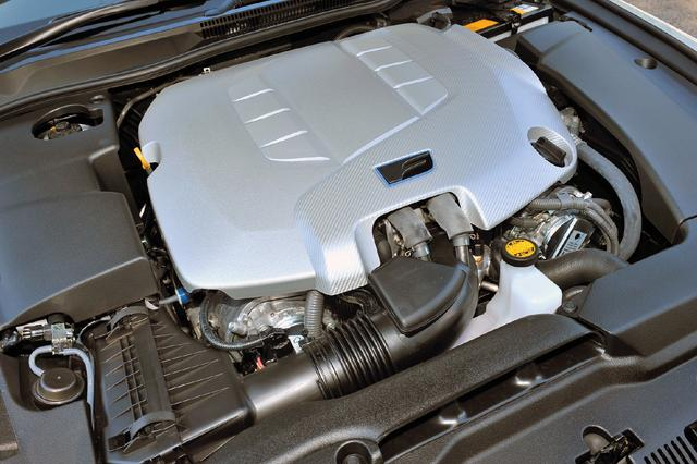 画像: 5LのV8エンジンはLSなどに搭載されていた2UR-FSE型をベースに、IS F向けの専用チューニングが施された。
