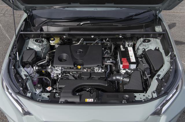 画像: アドベンチャーが搭載するのは吸気側に連続可変バルブタイミング機構を備えた2Lの直噴エンジン。
