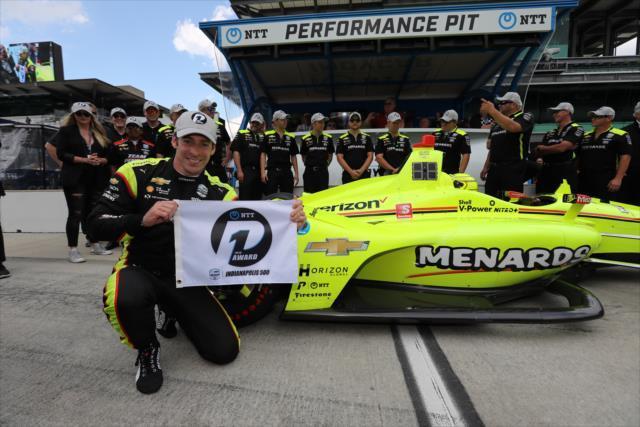 画像: ポールポジションを獲得したシモン・パジェノー(チーム・ペンスキー)。