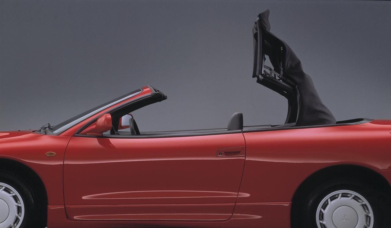 Images : 2番目の画像 - 「【今日は何の日?】三菱エクリプス スパイダー発表「北米生産で輸入された左ハンドルオープンモデル」23年前 1996年5月23日」のアルバム - Webモーターマガジン