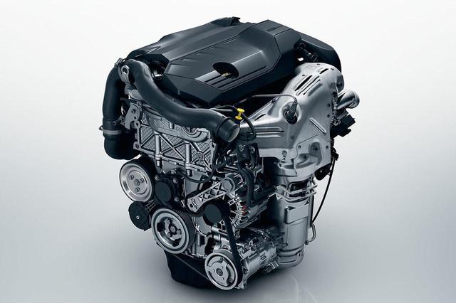 画像: 180ps/5500rpm、250Nm/1650rpmを発生する、プジョー3008/5008の新エンジン。1.6L 直4ターボ。