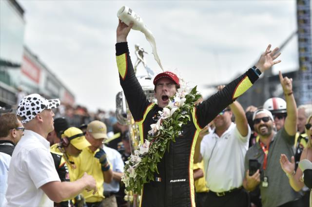 画像: 第103回インディアナポリス500マイルレースを制したシモン・パジェノー(チーム・ペンスキー) 。