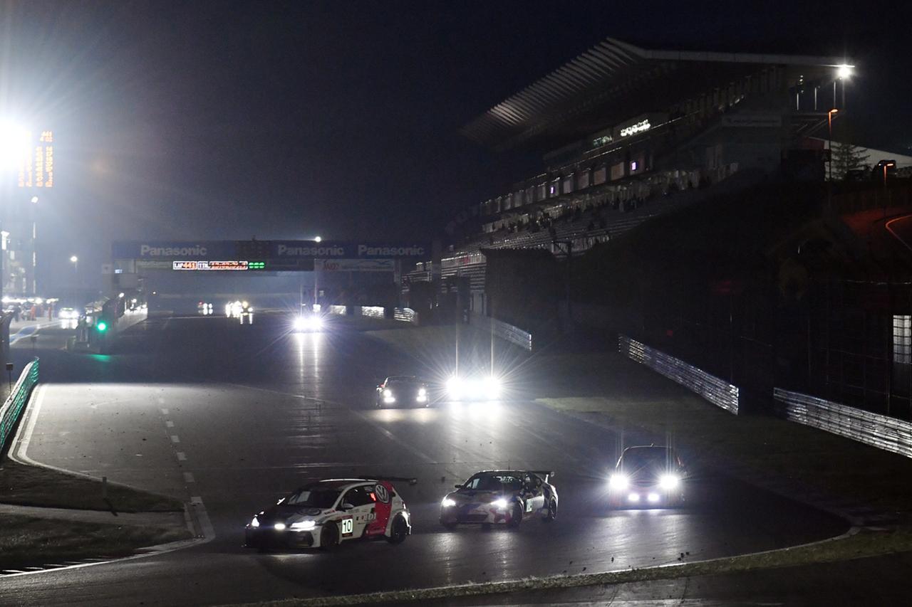 画像4: これでル・マンも大丈夫?!  モリゾウ、24時間レースで無事チェッカーを受ける!【スーパー耐久シリーズ第3戦】