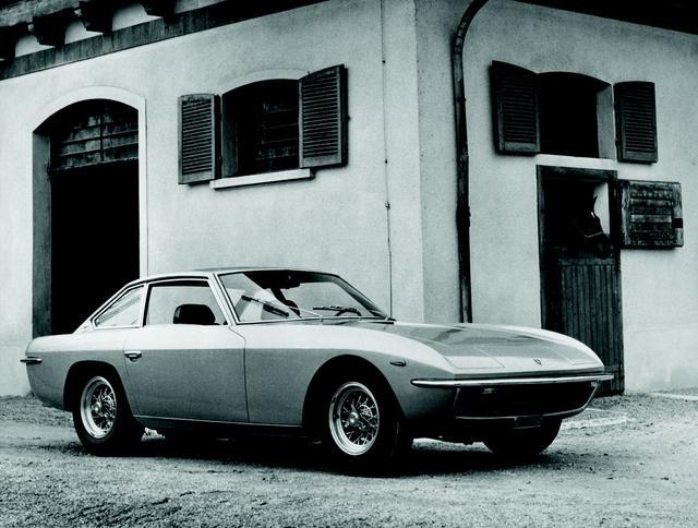 画像: 1968年に登場したイスレロ。400GT 2+2の発展形で、V12エンジンを搭載する2+2シートのグランツーリスモだった。