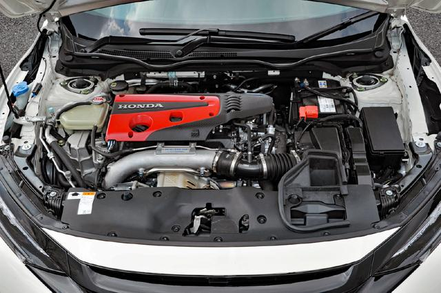画像: 高出力・高レスポンスの2L VTECターボエンジンK20C型を搭載。低回転からピークまで胸のすく吹け上がりが続く。