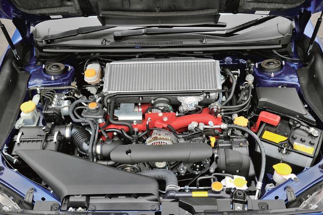 画像: エンジンは歴代インプレッサWRXに使われてきたEJ20型。たび重なる改良の末、最高出力308psと最大トルク422Nmに到達。