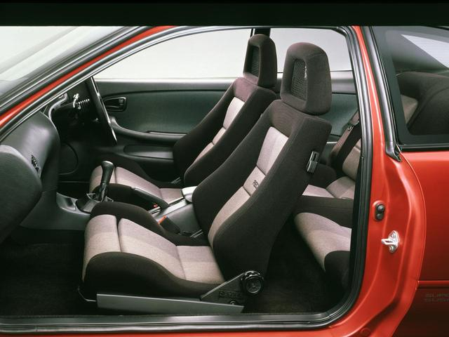 画像: カイパー・レカロ社製シートはGT-Zにオプション設定。