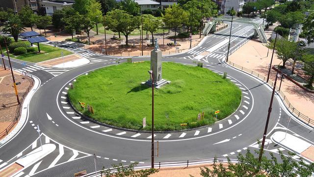 画像2: 【知って得するクルマのクイズ⑩】 今回のテーマは、しっかり覚えておきたい道路交通法です