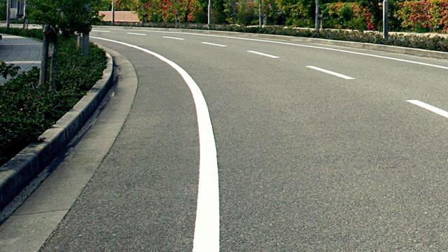 画像1: 【知って得するクルマのクイズ⑩】 今回のテーマは、しっかり覚えておきたい道路交通法です