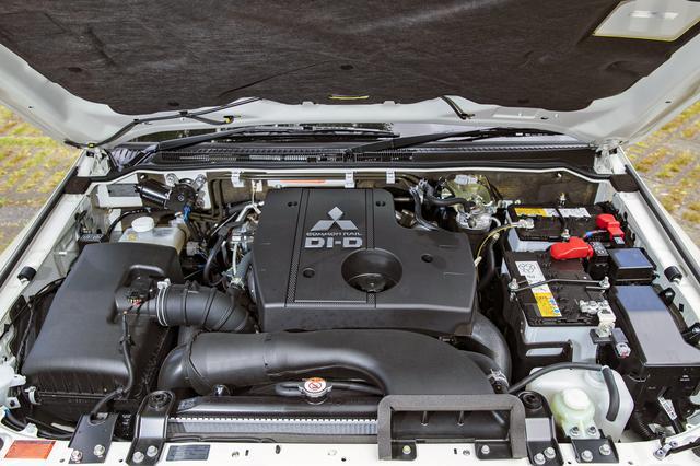 画像: エンジンは190ps/45.0kgmを発生する3.2Lディーゼルターボ。