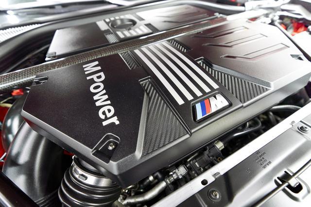 画像: 480ps(Competitionでは510ps)と600Nmを発生する3L直列6気筒Mツインパワー・ターボエンジン。
