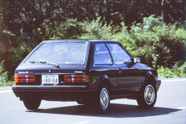 画像: 1983年6月にはターボを搭載したスポーツモデル「1500XG-R(写真)」や「1500XGターボ」もデビューした。