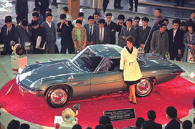 画像: 1964年の東京モーターショーに参考出品されたときの写真。