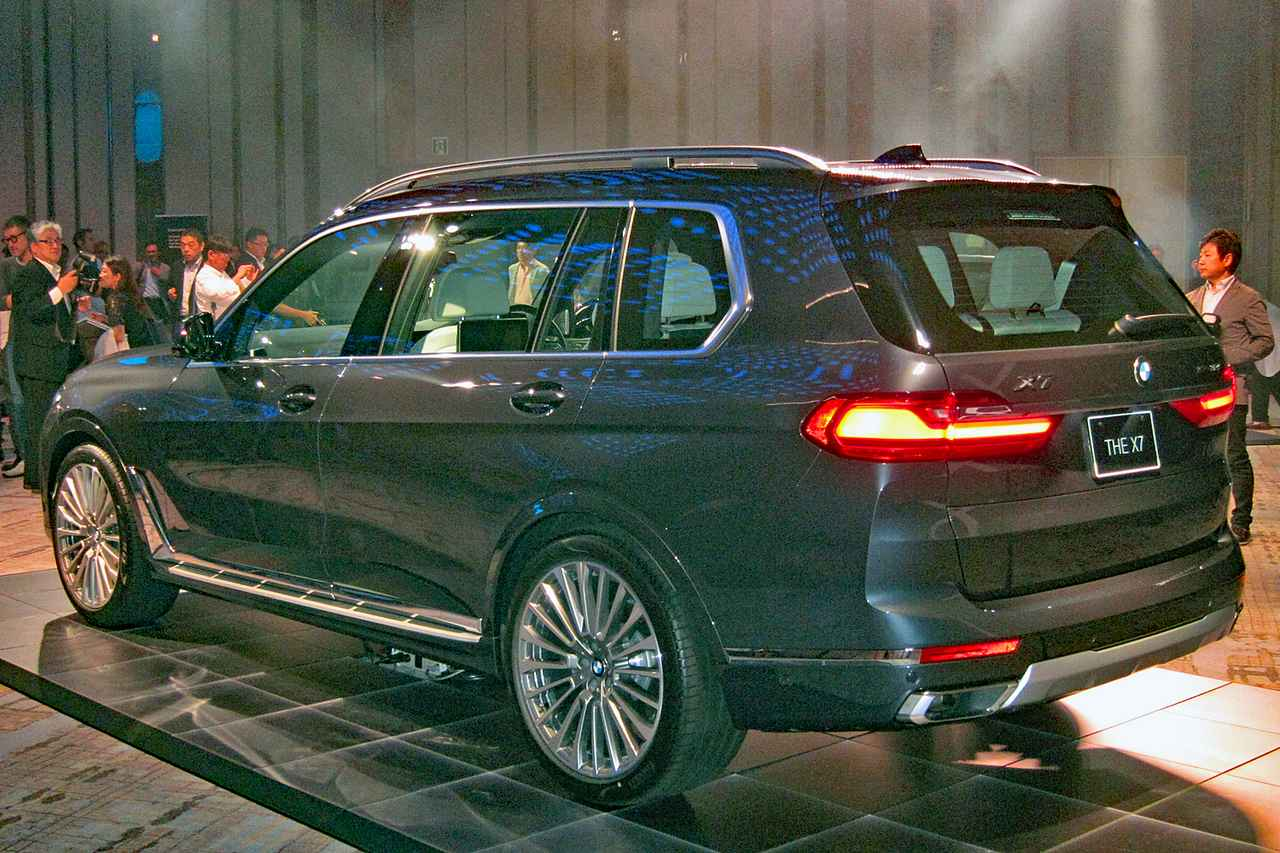 Images : 2番目の画像 - BMW X7 - Webモーターマガジン
