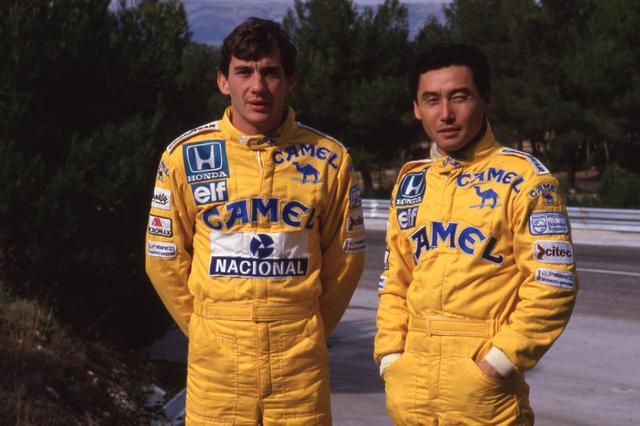 画像: すでにトップドライバーとして活躍していたアイルトン・セナと、19884年から国内でF1エンジン開発テストを担当していた中嶋悟がコンビを組んだ。
