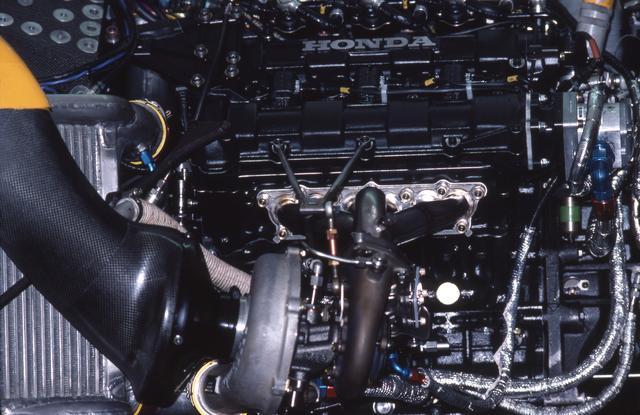 画像: 最大過給圧を4バールに制限されながら、予選仕様で1000psオーバーのパワーを絞り出したと言われるRA167Eエンジン。
